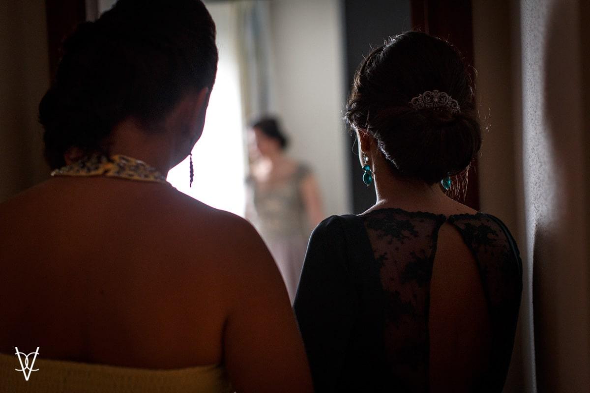 foto contraluz amigas novia