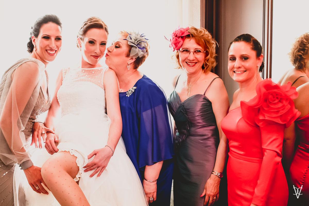 foto boda trajes de madrina y damas en sevilla