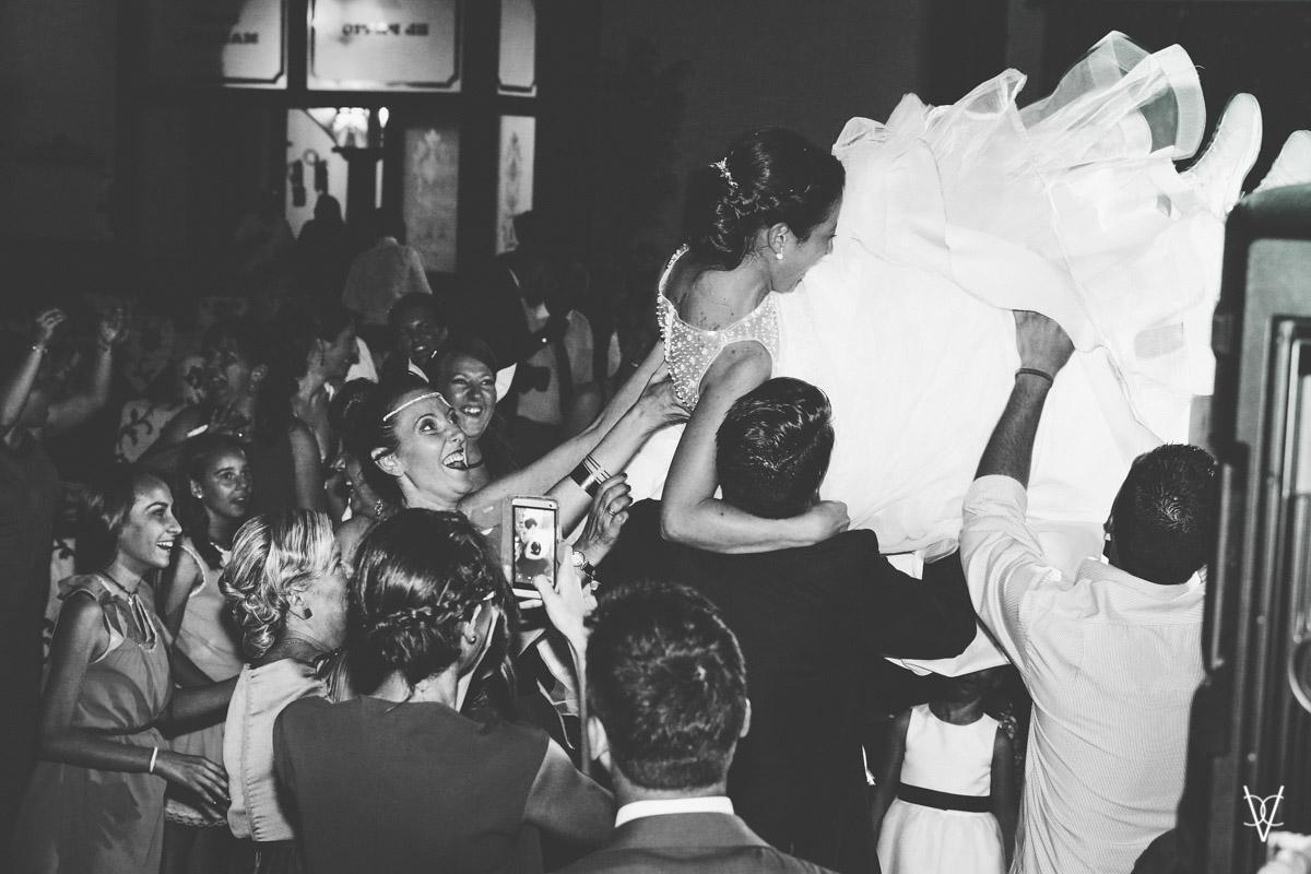 foto de la novia volando