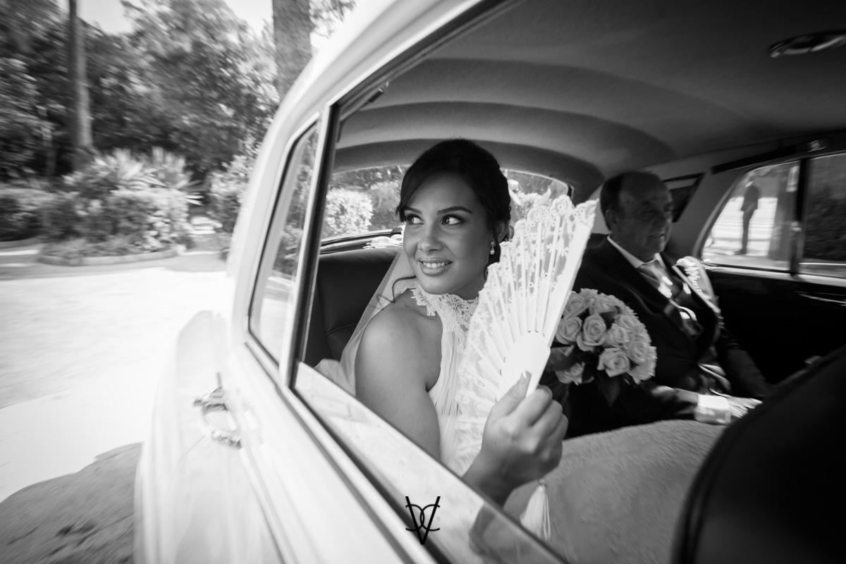 foto boda Hotel Alfonso XIII llegada de la novia en el Rolls Royce