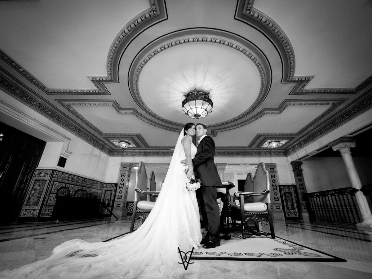fotografo boda Sevilla fotografía posado novios en hotel Alfonso XIII Sevilla